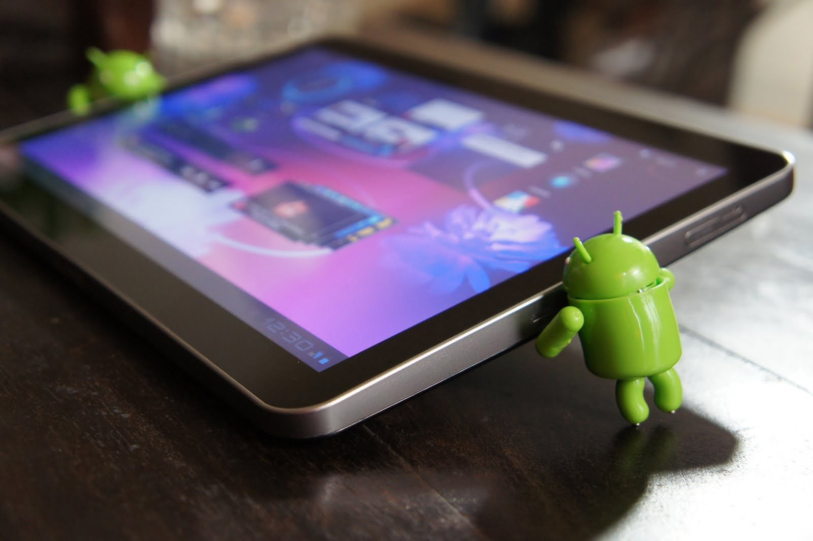 Как картинку на планшет андроид