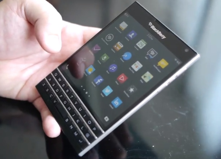 BlackBerry-Passport-early-video-look