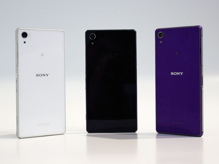 Sony-Xperia-Z2-vs-Samsung-Galaxy-K-Zoom